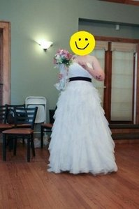 David's Bridal White Tulle Galina Stapeless Dot Ball Gown with Ruffle S Feminine Wedding Dress Size 18 (XL, Plus 0x)