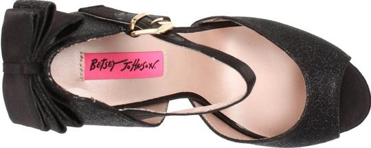Betseyville Black Sandals