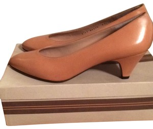 Bruno Magli Camel Pumps