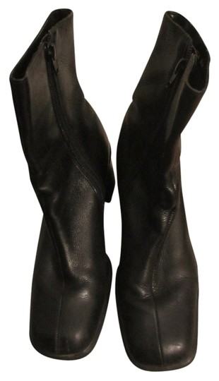 Preload https://item5.tradesy.com/images/preview-collection-black-boots-4384909-0-3.jpg?width=440&height=440