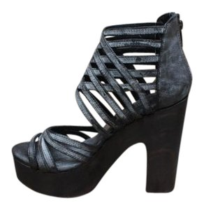 FreeBird By Steven Leather Size Costa Heels Black Platforms