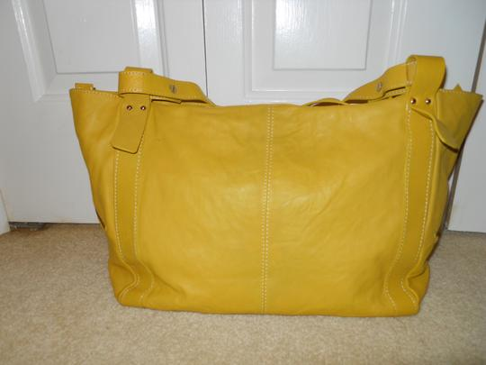 NICOLI Leather Weekend Tote in Nicoli yellow gold