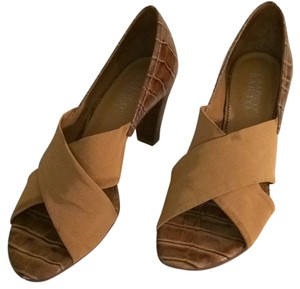 Franco Sarto Tannish brown Pumps