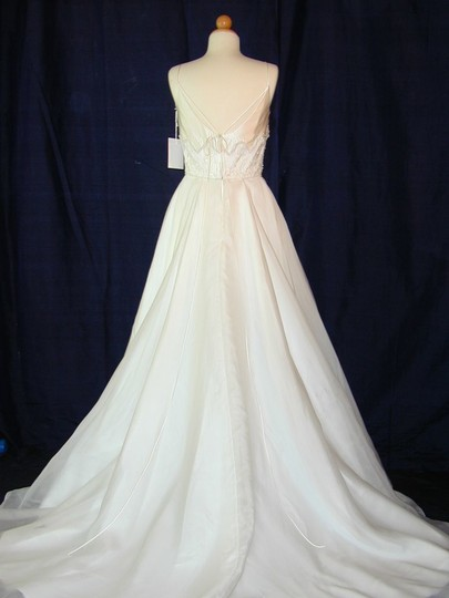 White Organza Givenchy Style #604org Traditional Wedding Dress Size Other