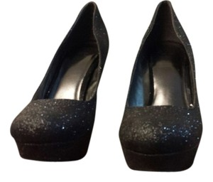 Black/Glitter Pumps