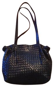 Bottega Veneta Intreacciato Bv Soft Leather Free Ship Shoulder Bag