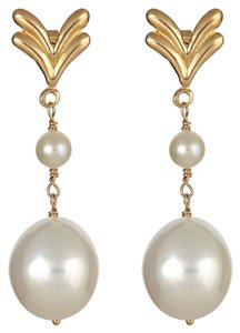 9-10mm Cultured Freshwater Pearl with 14k Gold Earrings