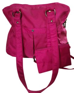 Baggallini Fushsia Nylon Travel Tablet Satchel in Orchid