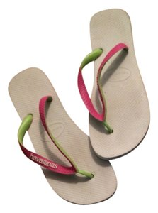 Havaianas Flip Flops Thongs White Sandals