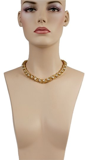 Preload https://item3.tradesy.com/images/gold-tone-and-swarovski-clystal-necklace-4395577-0-0.jpg?width=440&height=440