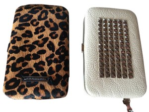 BCBGMAXAZRIA leopard iphone case/ wallet
