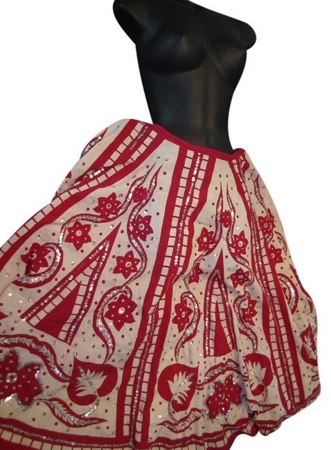 Preload https://item4.tradesy.com/images/wet-seal-skirt-red-and-cream-4399558-0-0.jpg?width=400&height=650