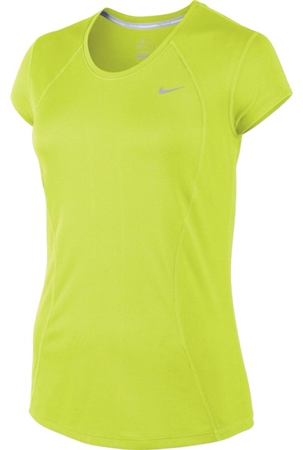 Preload https://item1.tradesy.com/images/nike-activewear-top-size-8-m-29-30-4399855-0-0.jpg?width=400&height=650