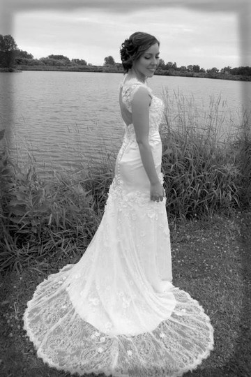 Preload https://item2.tradesy.com/images/wtoo-ivory-lace-vanessa-vintage-wedding-dress-size-2-xs-44011-0-0.jpg?width=440&height=440