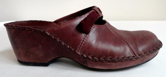 Clarks Leather Comfortable Brown Mules