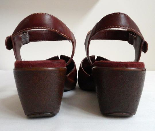 Naturalizer Leather Wedge Closed-toe Coffee Bean Sandals