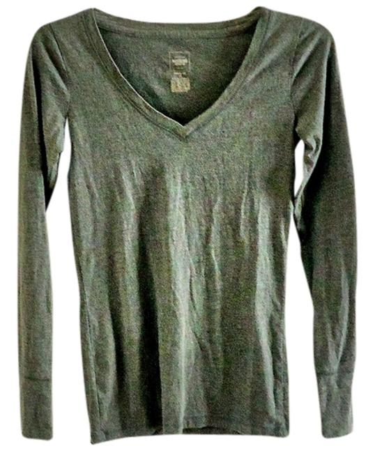 Preload https://item3.tradesy.com/images/mossimo-supply-co-grey-tee-shirt-size-4-s-4402687-0-0.jpg?width=400&height=650