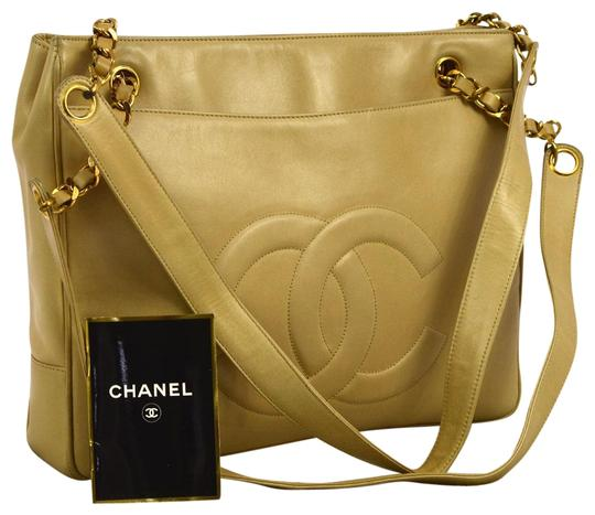Preload https://item5.tradesy.com/images/chanel-lambskin-classic-tote-beige-caviar-leather-shoulder-bag-4403044-0-3.jpg?width=440&height=440