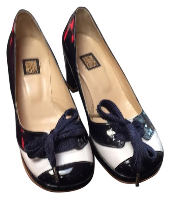 Item - Blue and White Pumps Size US 6 Regular (M, B)