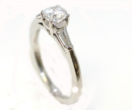 Preload https://item2.tradesy.com/images/platinum-classic-diamond-engagement-ring-4407466-0-0.jpg?width=440&height=440