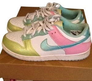 Nike Lows Sneakers White/Green/Blue/Pink Multi Nike Dunk Low's Athletic
