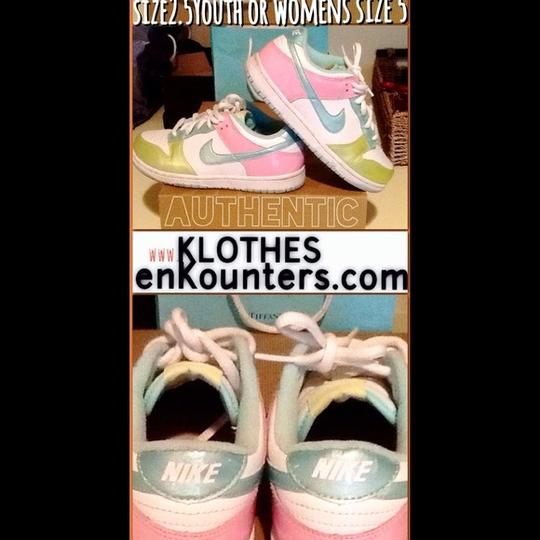 Nike Sneakers Size 5 White/Green/Blue/Pink Multi Nike Dunk Low's Athletic