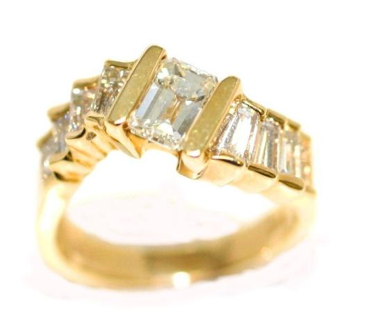 Preload https://img-static.tradesy.com/item/4408825/emerald-bridal-yellow-gold-diamond-engagement-ring-0-0-540-540.jpg