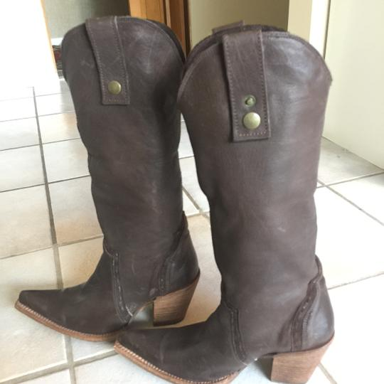 Corral Vintage Brown with light Brown embroidered accents Boots