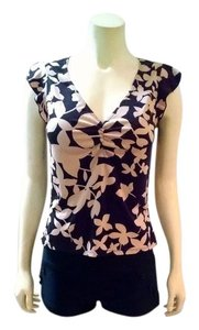 BCBG Paris Size Medium Black Top black, beige