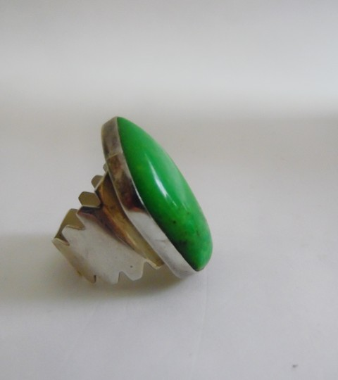 Mine Finds by Jay King Jay King .925 Sterling Silver Apple Green Gemstone Ring Size 7