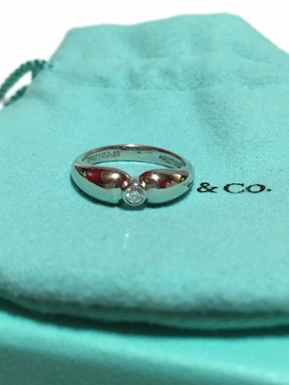 Tiffany & Co. Tiffany & Co / Elsa Peretti - PLATINUM Diamond Solitaire Engagement Ring - Size = 5.25