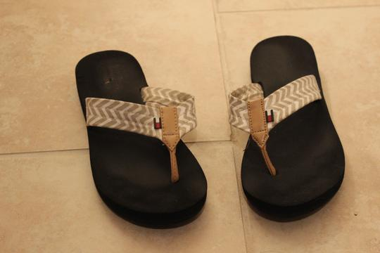 Tommy Hilfiger Chevron Flip Flops Tan Sandals
