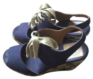 74a4c6f1b06 Women s Blue Tory Burch Shoes - Up to 90% off at Tradesy