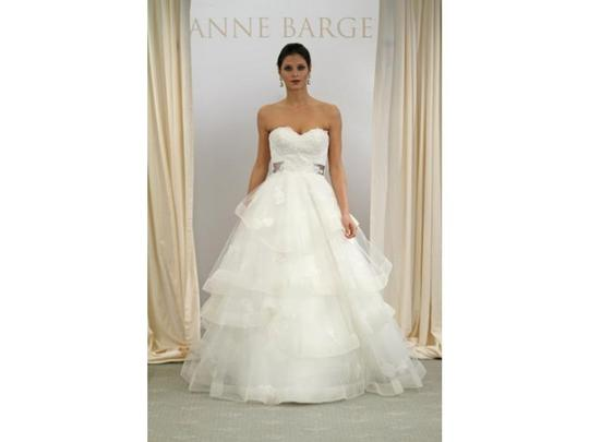 Anne Barge Ivory Tulle Ball Gown 612 Formal Wedding Dress Size 2 (XS)