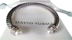 David Yurman David yurman Cable Classics Bracelet with Pearls and Diamonds, size medium