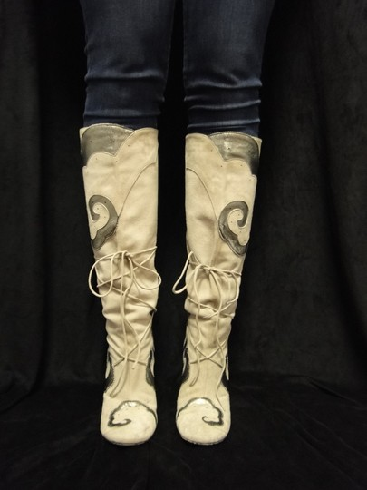 Emanuel Ungaro Suede Leather Lace Up Classic Beige Boots