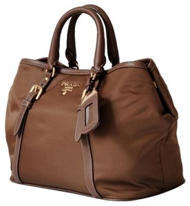 Prada Tote in tabacco brown