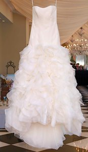 Vera Wang Vw351172 Wedding Dress