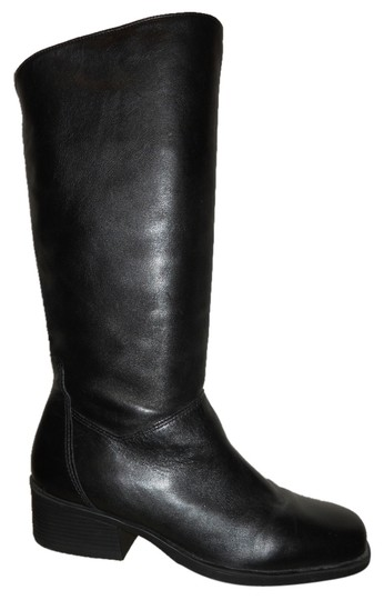 Preload https://item4.tradesy.com/images/naturalizer-leather-black-boots-4423168-0-0.jpg?width=440&height=440