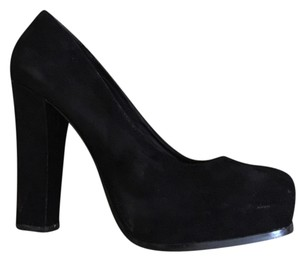 Steve Madden Suede Chunky Black Pumps
