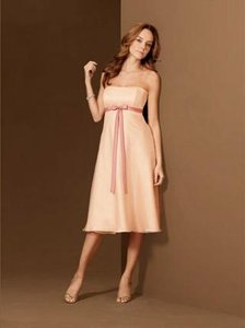 Alfred Angelo Peach / Shrimp Style 6476 Dress