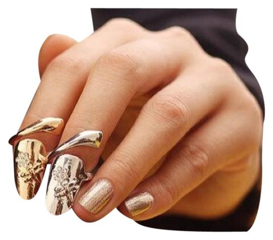 Preload https://item1.tradesy.com/images/silver-fashionable-dragonfly-rhinestones-flower-nail-ring-4423915-0-0.jpg?width=440&height=440