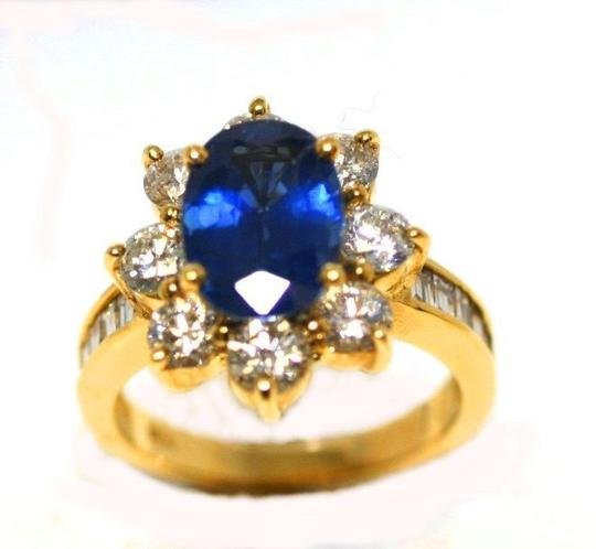 Preload https://item2.tradesy.com/images/yellow-gold-sapphire-diamond-ring-4424506-0-0.jpg?width=440&height=440