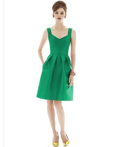 Alfred Sung Pantone Emerald D658 Dress