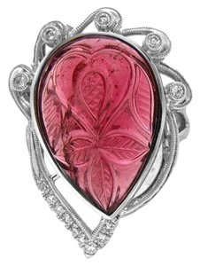 BRAND NEW, Ladies 18k White Gold Ruby Ring with White Diamonds