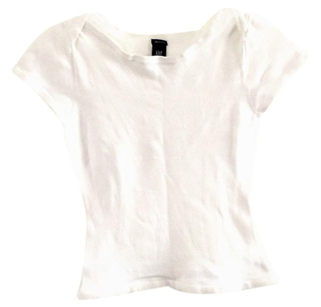 Preload https://item2.tradesy.com/images/gap-white-cotton-tee-shirt-size-6-s-4427476-0-0.jpg?width=400&height=650
