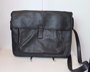 Levenger Soft Leather Cross Body Bag