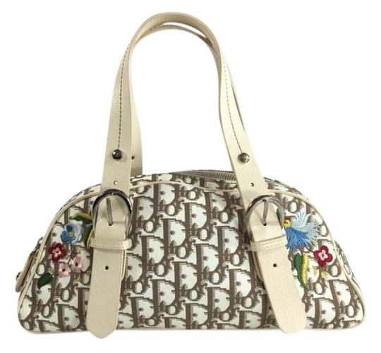Preload https://item5.tradesy.com/images/dior-monogram-beige-canvas-and-leather-tote-4436539-0-2.jpg?width=440&height=440