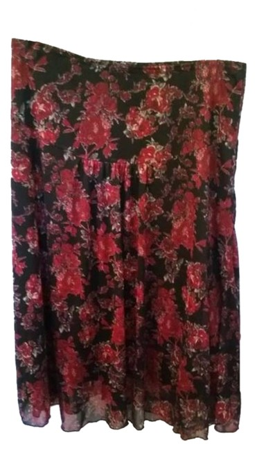 Preload https://item4.tradesy.com/images/wrapper-blackred-floral-lined-women-s-small-blackfloral-knee-length-skirt-size-4-s-27-4440943-0-0.jpg?width=400&height=650