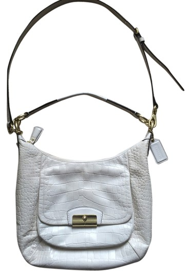 Preload https://item3.tradesy.com/images/coach-off-white-leather-hobo-bag-4473397-0-0.jpg?width=440&height=440